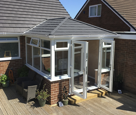 APR Conservatories & Roofs